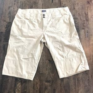 Patagonia Cream Hiking Shorts Size 12 Convertable